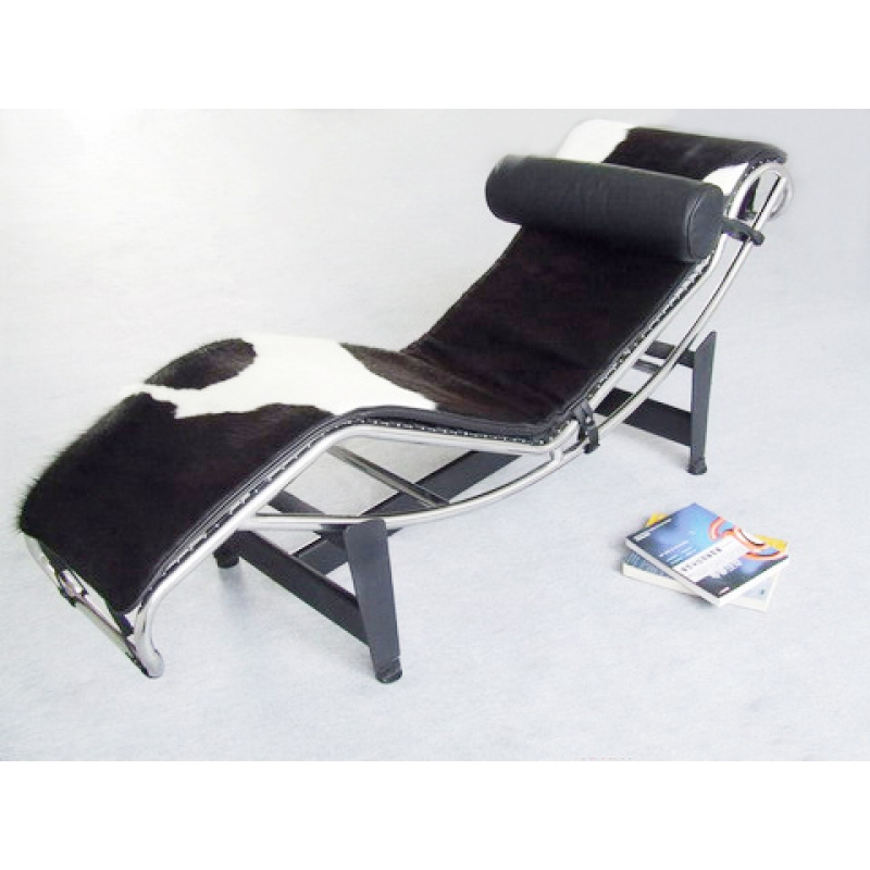 chaise longue lc4 de lecorbusier en piel negra de vaca el desv n de. Black Bedroom Furniture Sets. Home Design Ideas